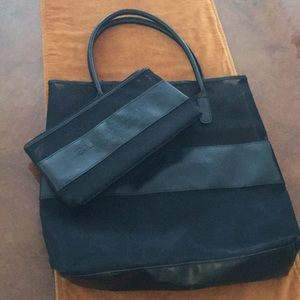 Burberry Fragrance Tote & Cosmetic bag
